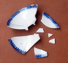 壊れた茶碗